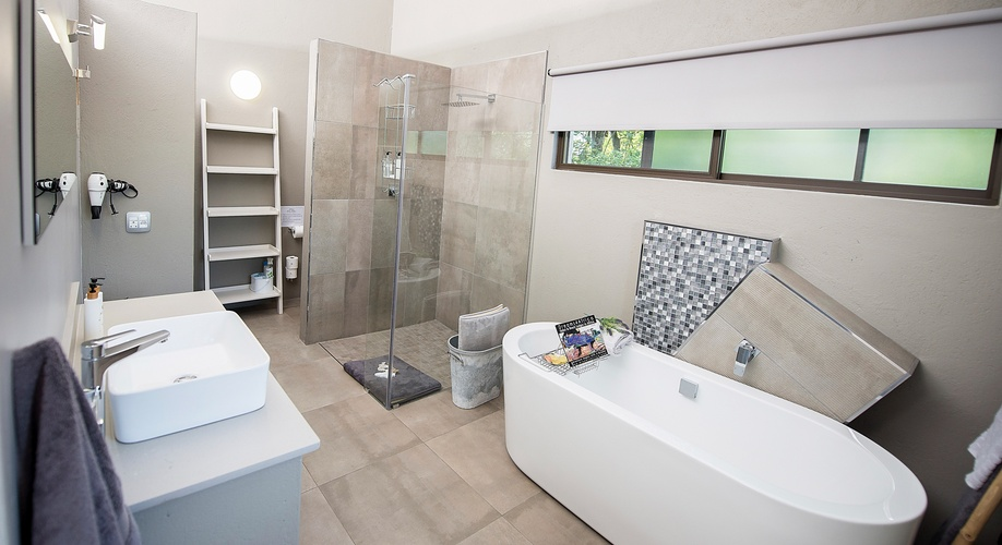 Self Catering Newly renovated bathroom Nelspruit Guesthouse