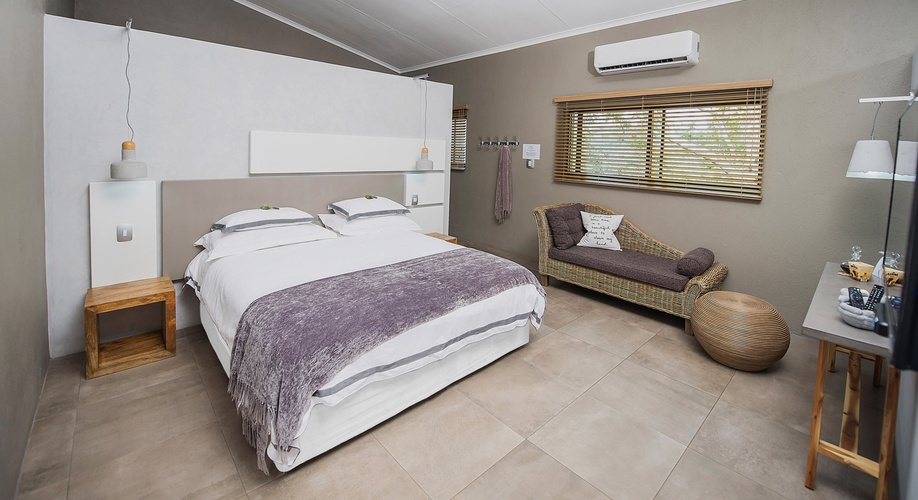 On suite bathroom Self Catering Guest House Nelspruit